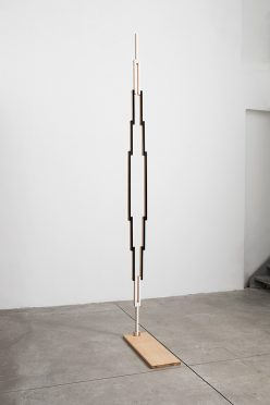 Reuven-Israel-Untitled-Folding-Object-17A-2018-oak-paint-and-brass-hardware-248x372