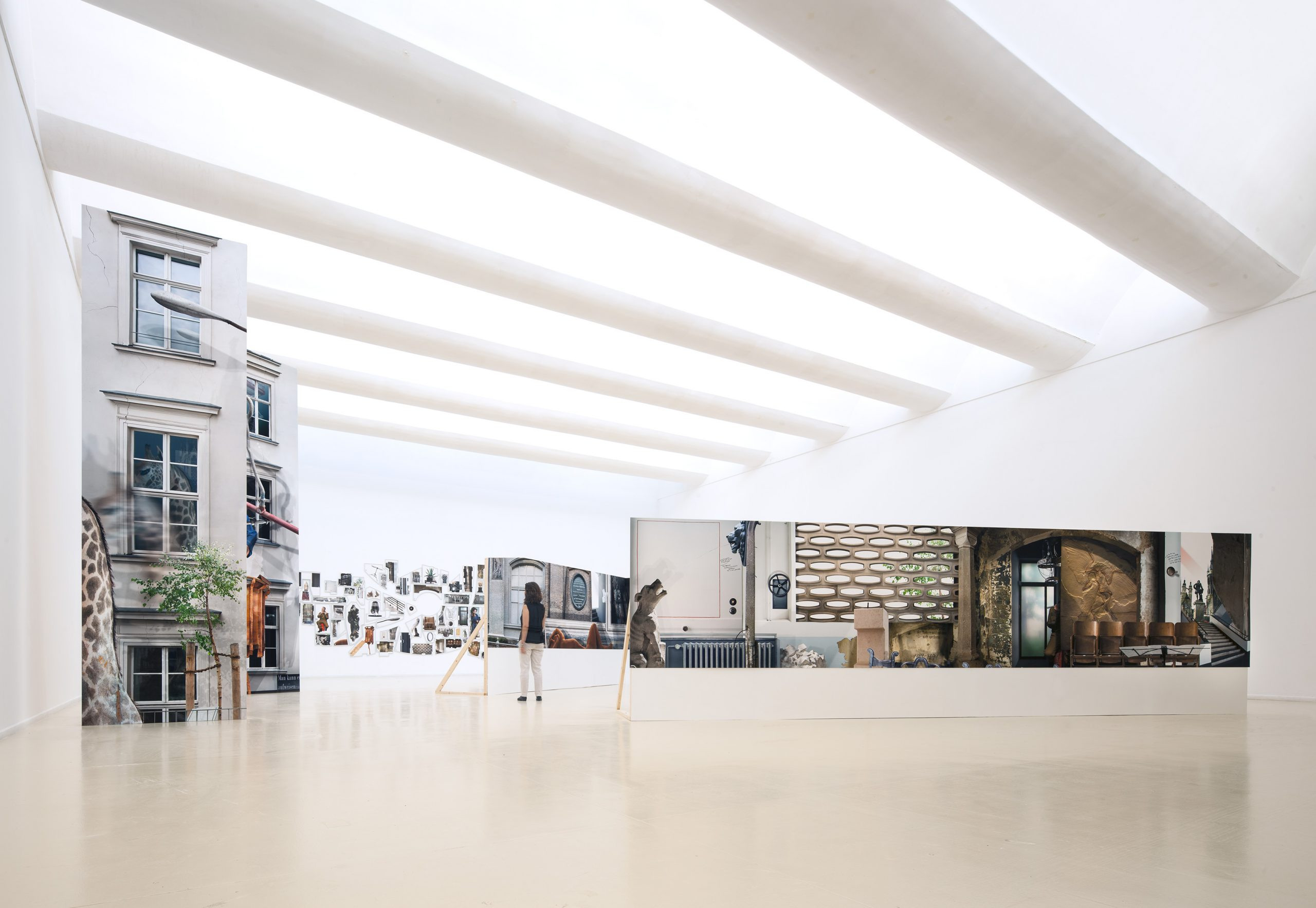 Ilit Azoulay, Implicit Manifestation, 2014, installation view, Herzliya Museum for Contemporary Art