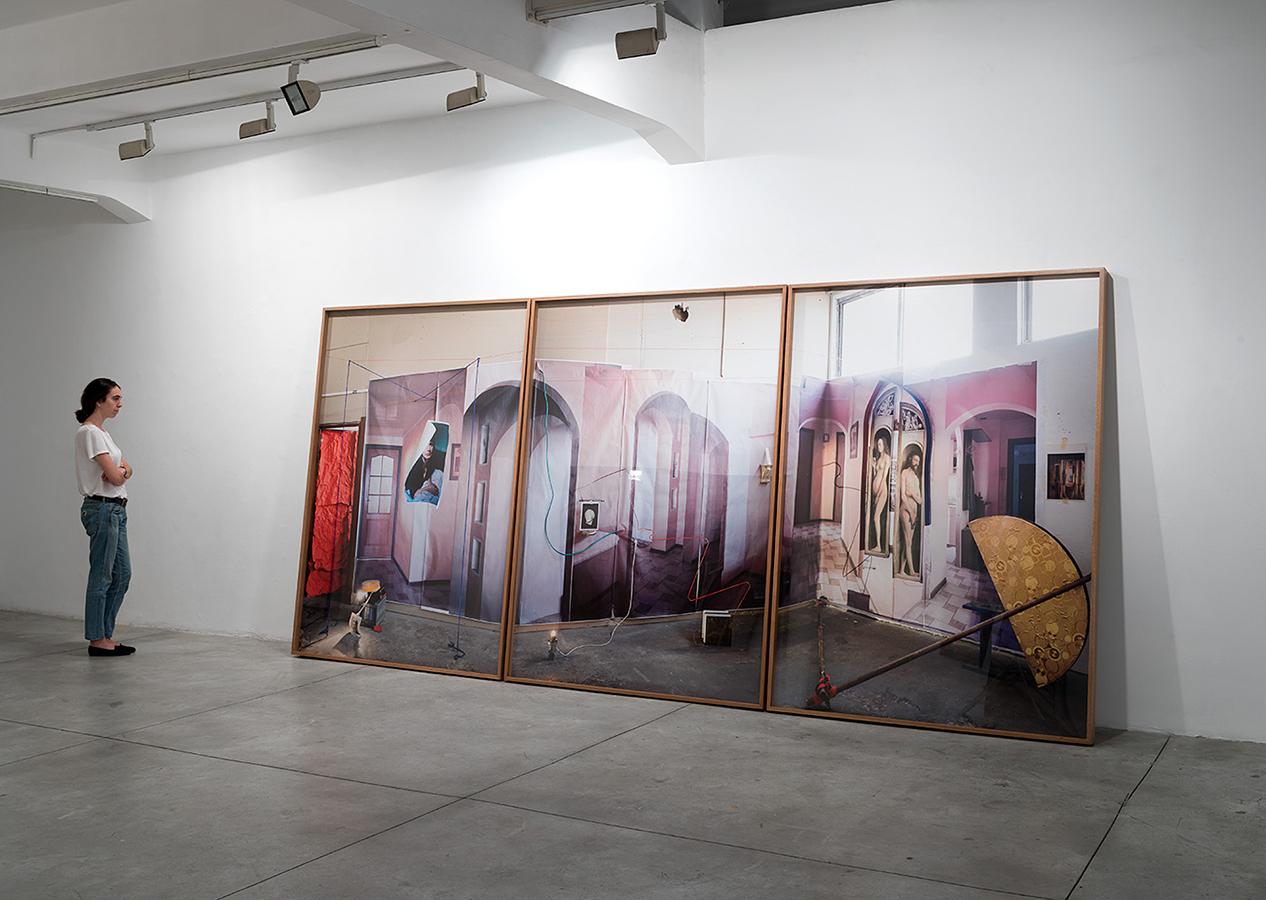 Mark Yashaev, Presque Vu, Déjà Vu, Jamais Vu, 2018, inkjet print, tryptich, 208 x 150 cm each panel. Installation view, Braverman Gallery