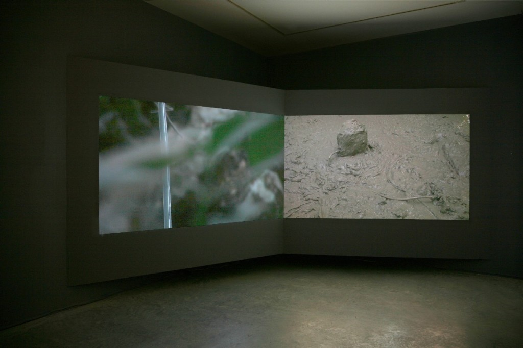Gilad Ratman, The 588 Project, 2009, HDV, two-channel video, 08:00 min