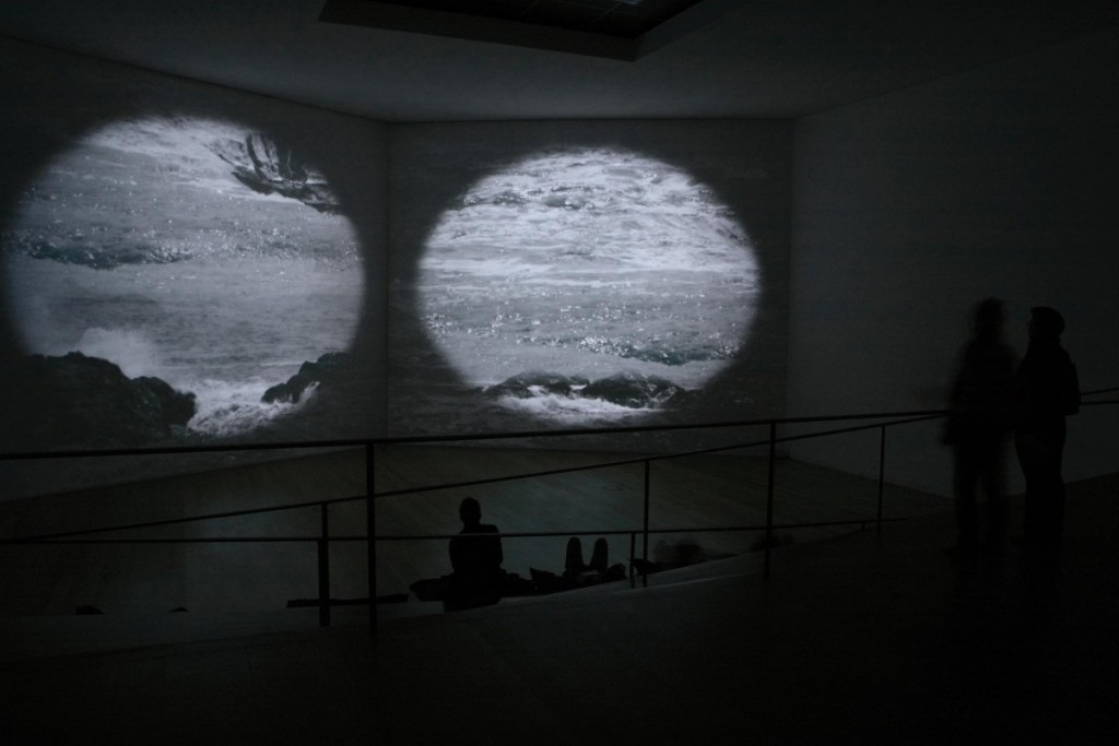 Grazia Toderi, Atlante, 2010, two video projections, loop, DVD, various dimensions, color, sound. Installation view, Museu Serralves, Porto, 2010