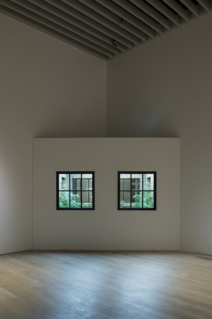 Leandro Erlich, Lost Garden, 2009, Installation view, Mori Art Museum, Tokyo, Japan, 2017