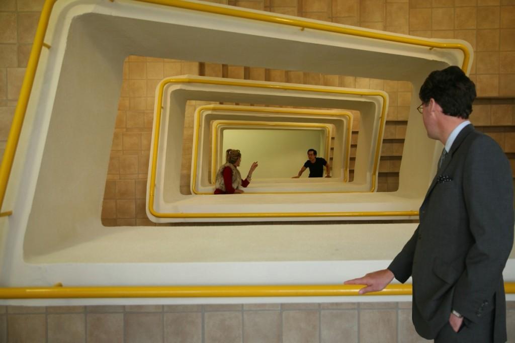 Leandro Erlich, Staircase, 2005, SongEun Art Space, Seoul, Corea, 2012