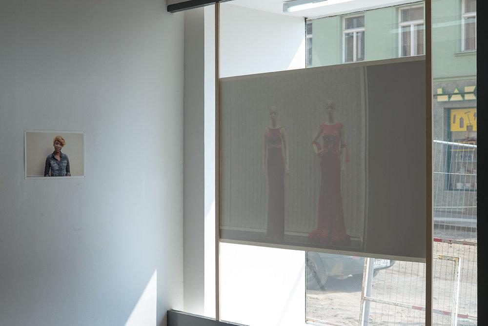 Black Money White Lies, Installation View, Galerie Klubovna, Brno 2017