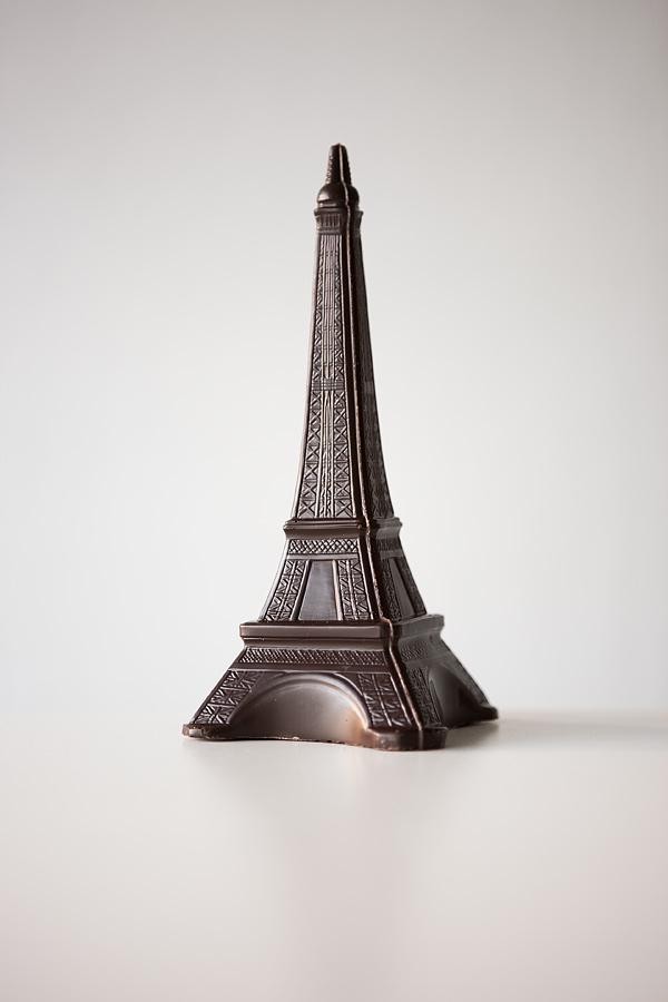 Untitled (Chocolat Noir, Tour Eiffel), Paris 2008, 124 x 85 cm