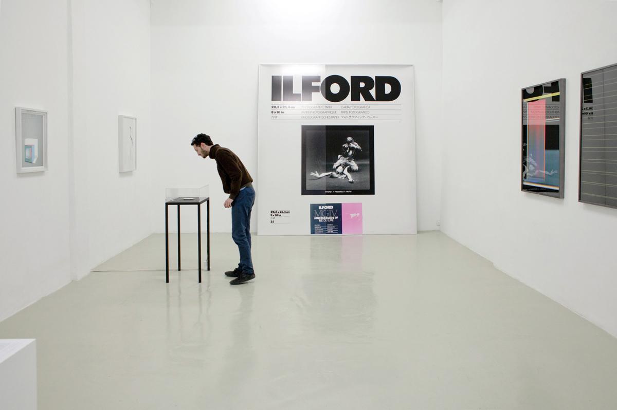 Assaf Shaham, The King is Dead, Long Live the King!, Installation view, Tempo Rubato, Tel Aviv, 2012