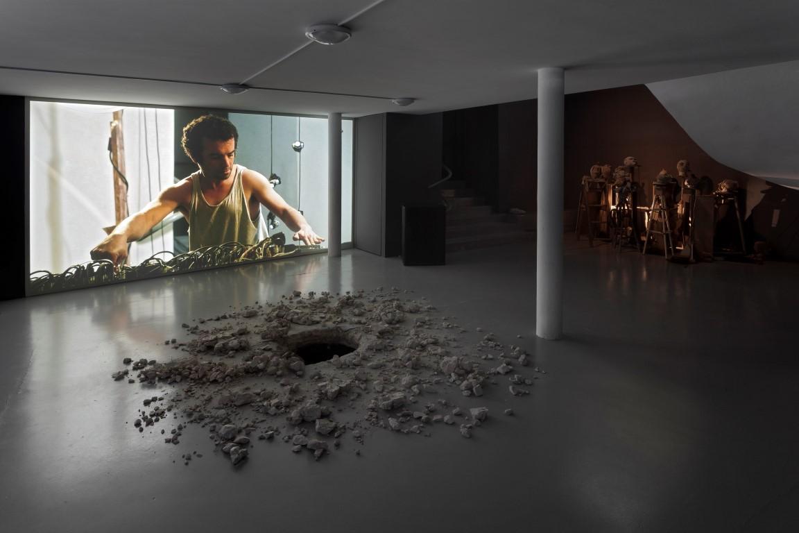 Gilad Ratman_Venice Biennale 2013 (Credit Elad Sarig) (3) (Medium)