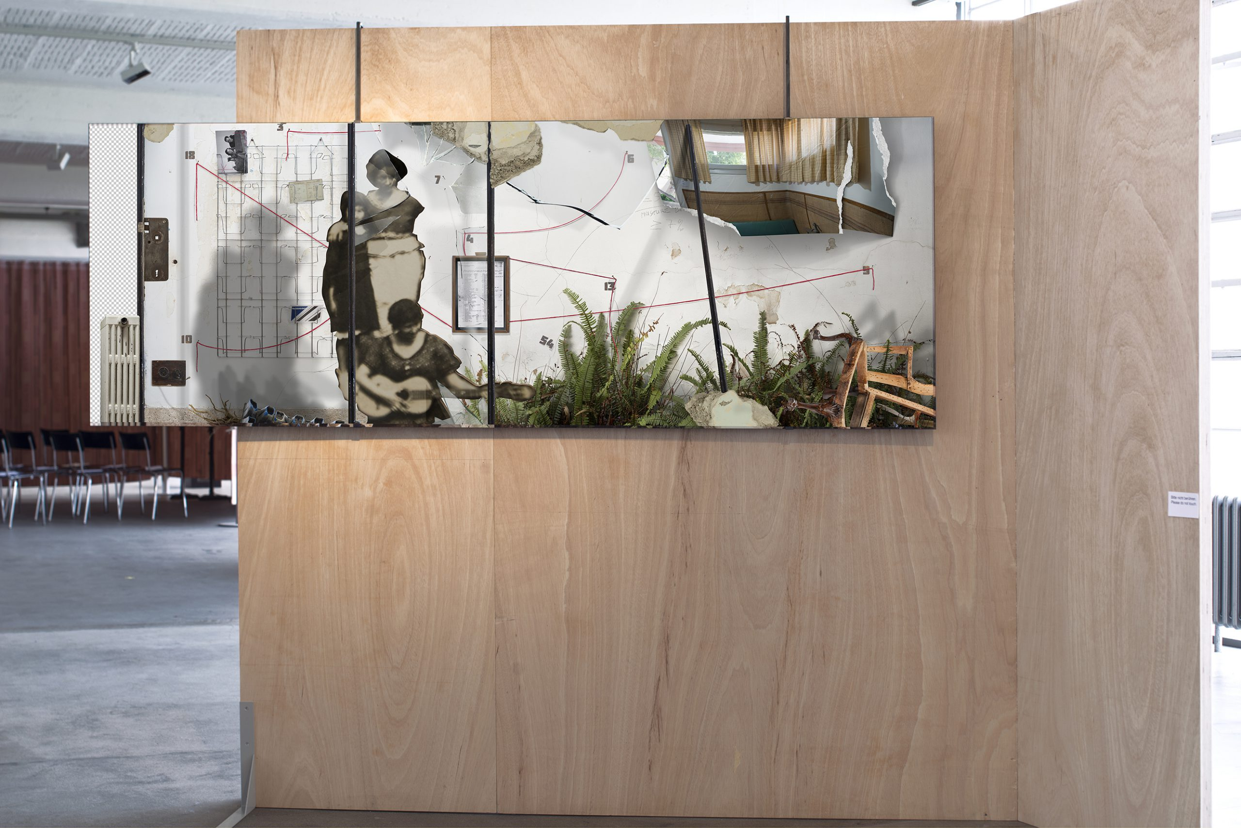 Ilit Azoulay, Transfer Agreement (Forget Me Not), installation view, Bauhaus Dessau 2019