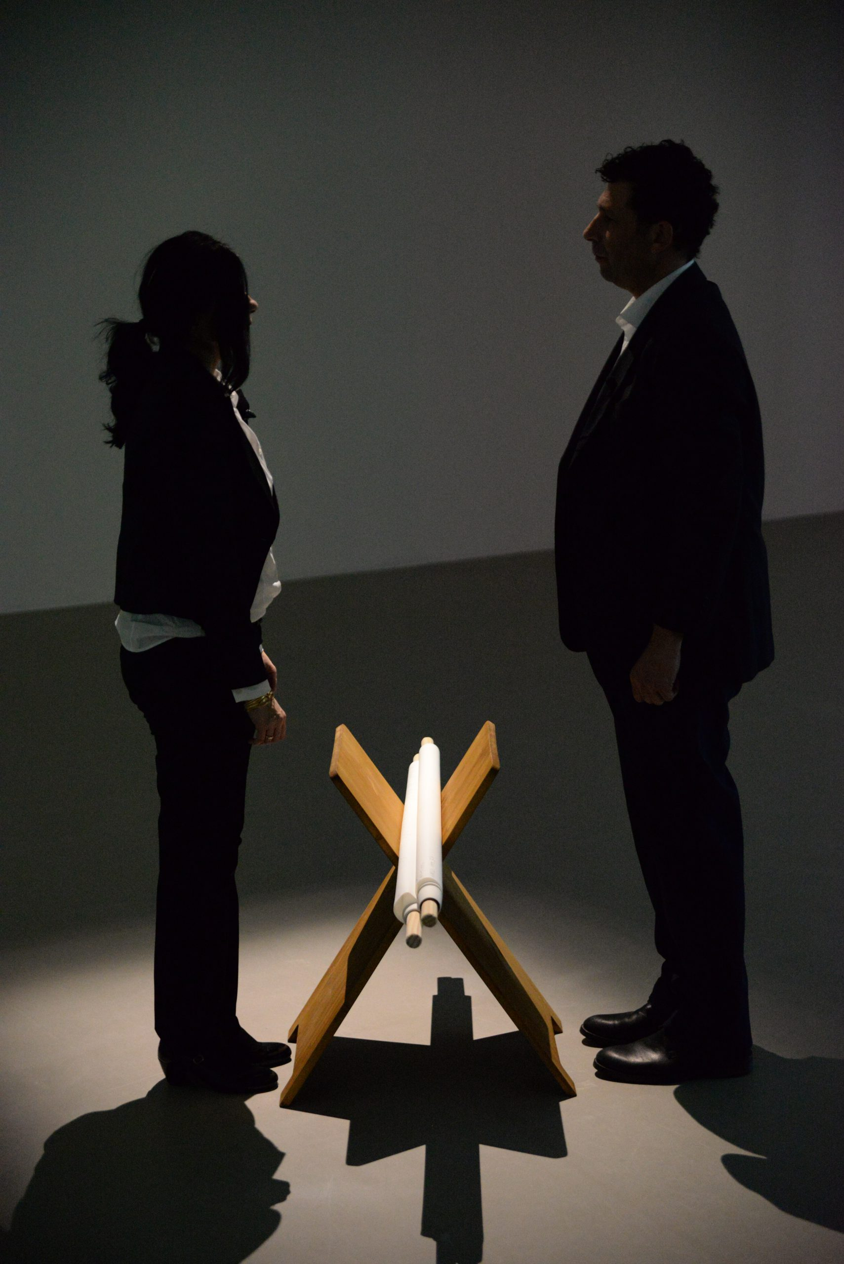 Nezaket Ekici and Shahar Marcus, Merge,  Performance 2020, Nezaket Ekici and Shahar Marcus, TBQ, Städtische Galerie Nordhorn 21.2.-10.5.2020, Performance 21.2.2020, Photos: Thomas Niemeyer, Nele, Nezaket Ekici, Camera: Thomas Niemeyer