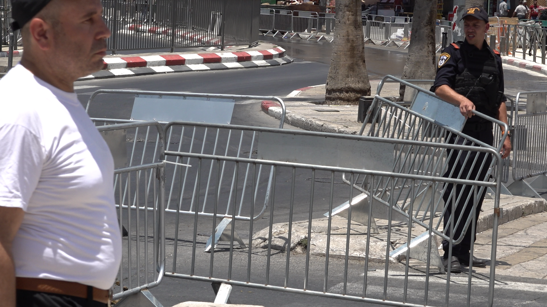 NADAMAR 2018—2020  03:42 min, One channel video Jerusalem, Damascus gate, Israel